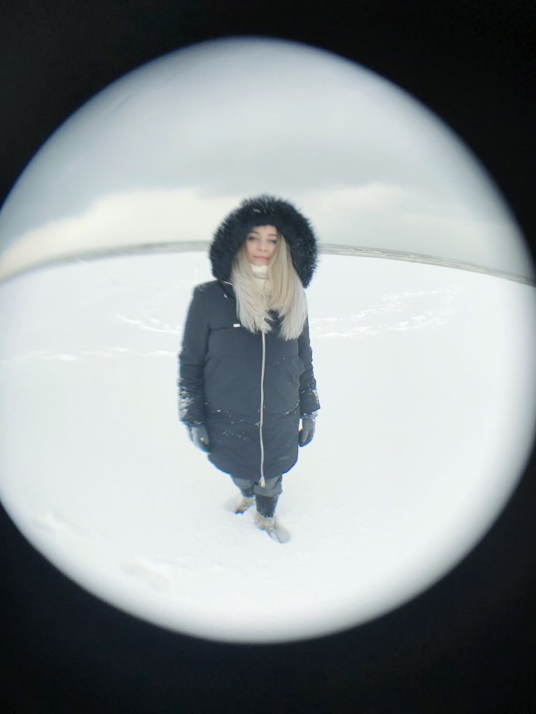 Sara Squadrani Snowy beach